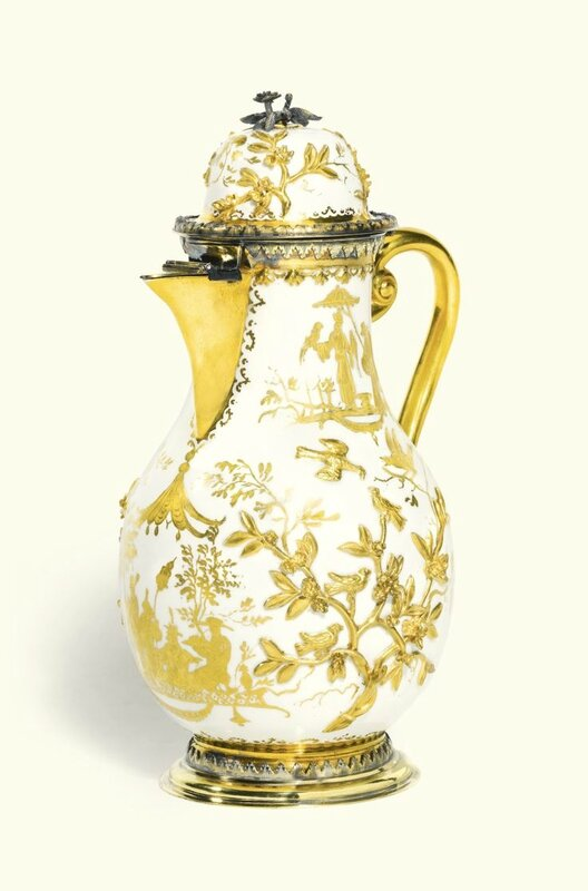 A Meissen Hausmaler coffee pot and hinged cover, circa 1725, with German silver-gilt mounts, probably Paul Solanier, Augsburg, circa 1721-27