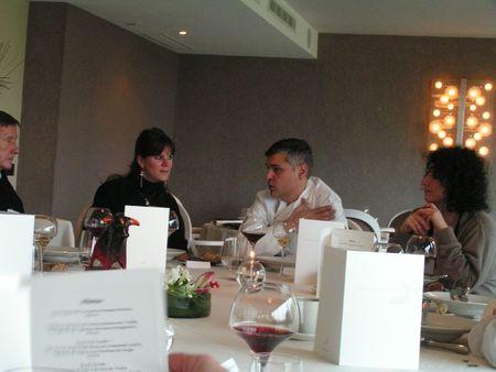 2011 11 24 - Chateau du Mont Joly à Sampans - Catherine et Romuald Fassenet - au cours du déjeuner (2)