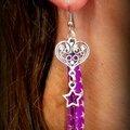 Du biais violet étoilé ... un coeur en arabesques ... une étoile ... une paire de boucles d'oreille !