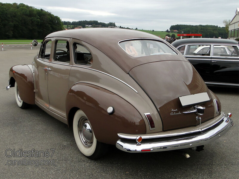 Nash Ambassador Super fastback sedan-1948-02