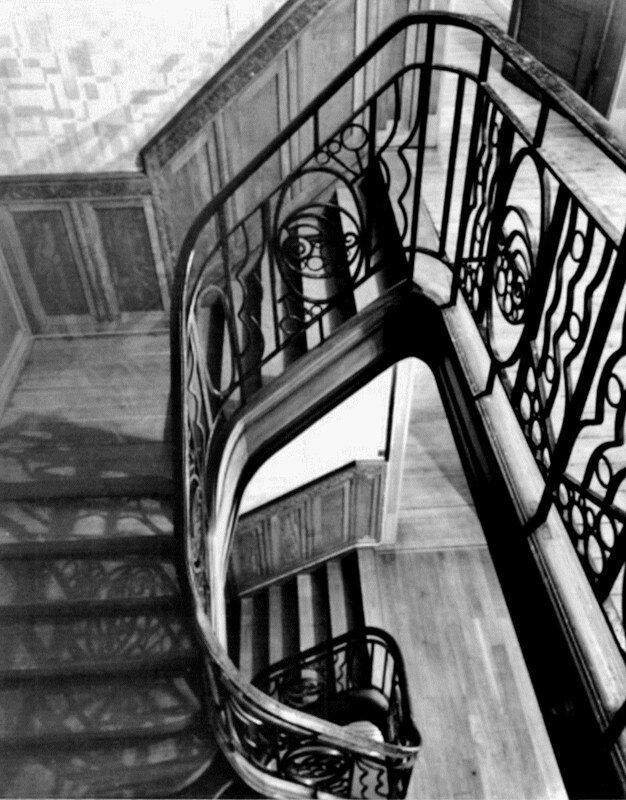 Château Falleur (25)-Vue de la cage d'escalier