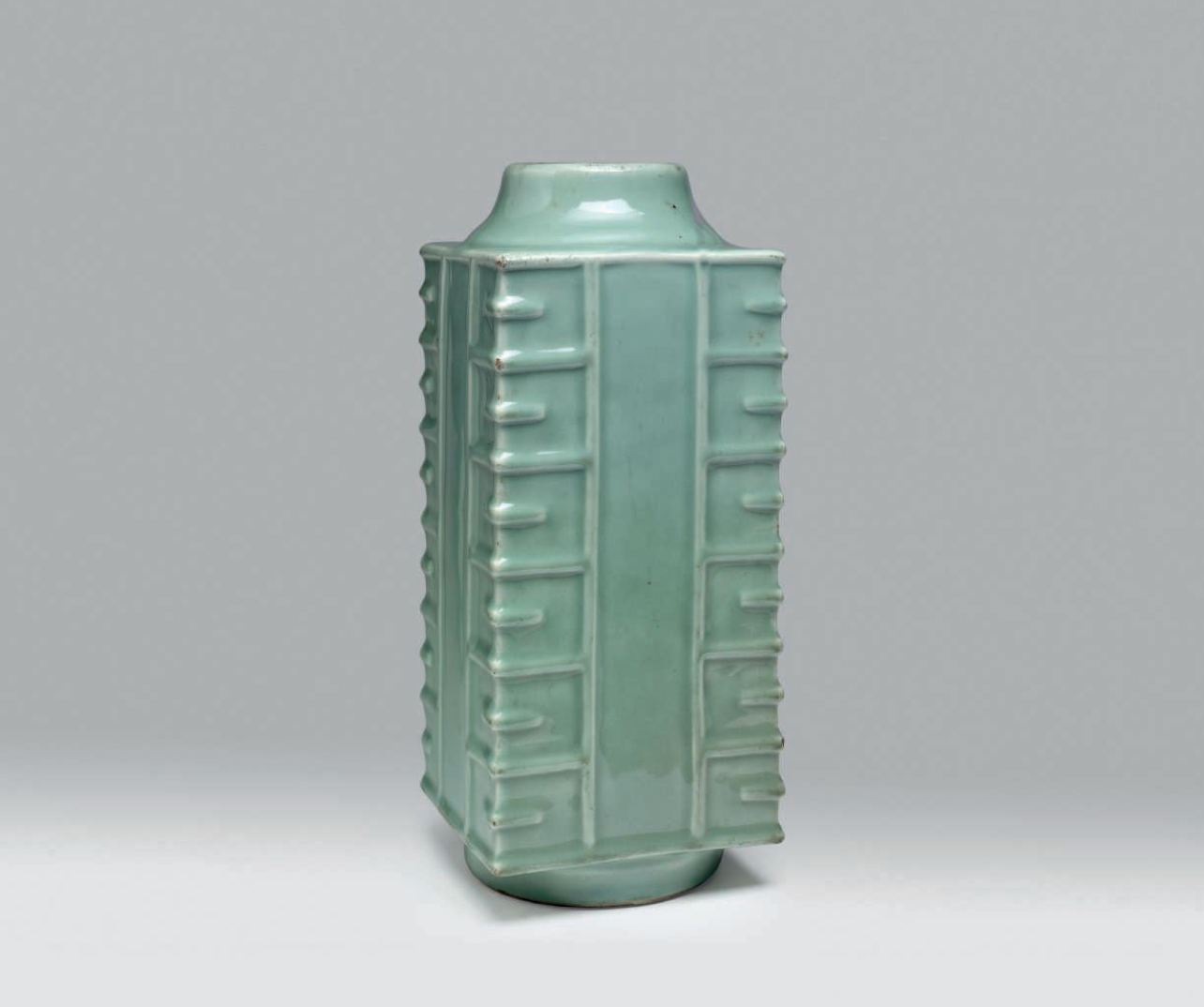 A Longquan celadon cong-form vase, Southern Song-Yuan dynasty (1127-1368)