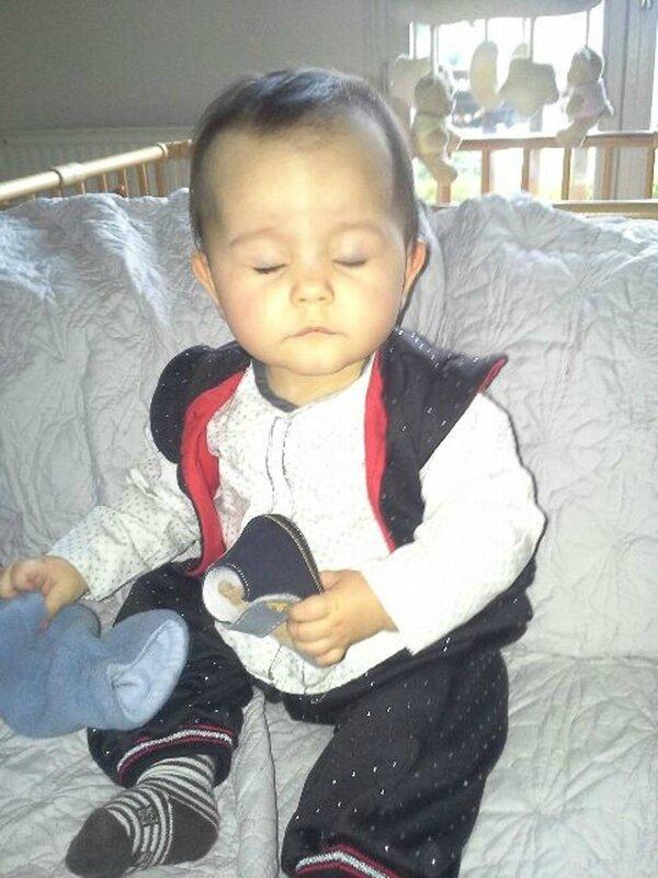 amélia 9 mois sarouel 18 mois
