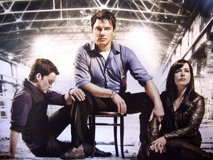 Children_of_Earth_promo_pic_torchwood_6697162_550_413