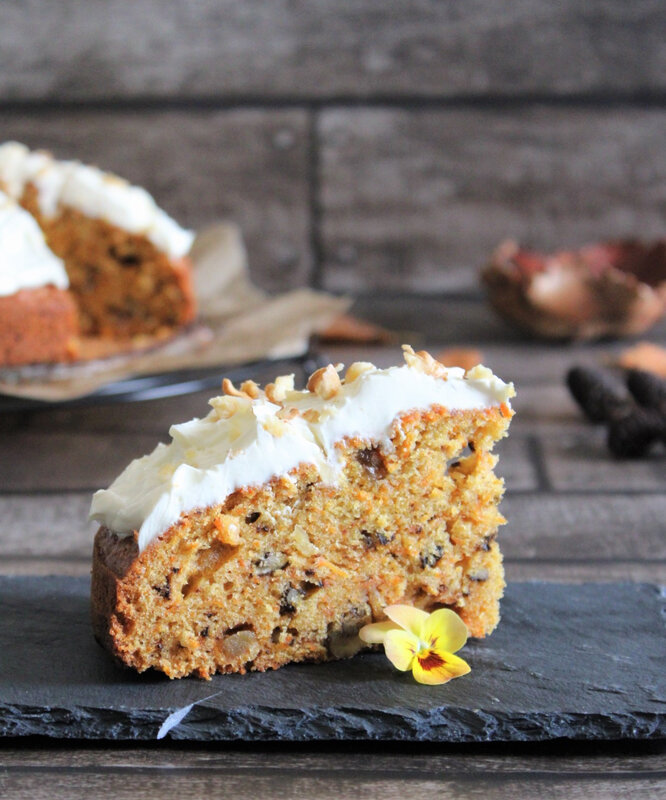 IMG_3672cathytutu carrotcake nigella lawson gateau carottes noicx gingembre automne halloween pensees fleurs