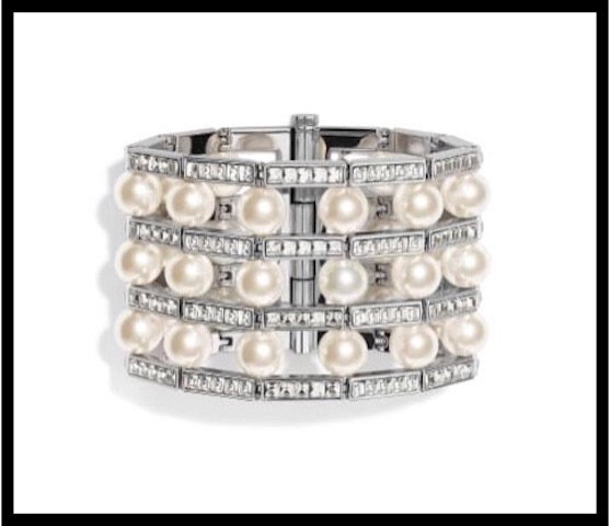 4c32e0fc569 Manchette Argentée + Perles + Strass - Dior - BIJOU FANTAISIE - Le ...