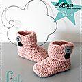Chaussons Fait-main au Crochet - Bottines à boutons Rose poudré - Cadeaux de Naissance 3 mois - Made in France (1)