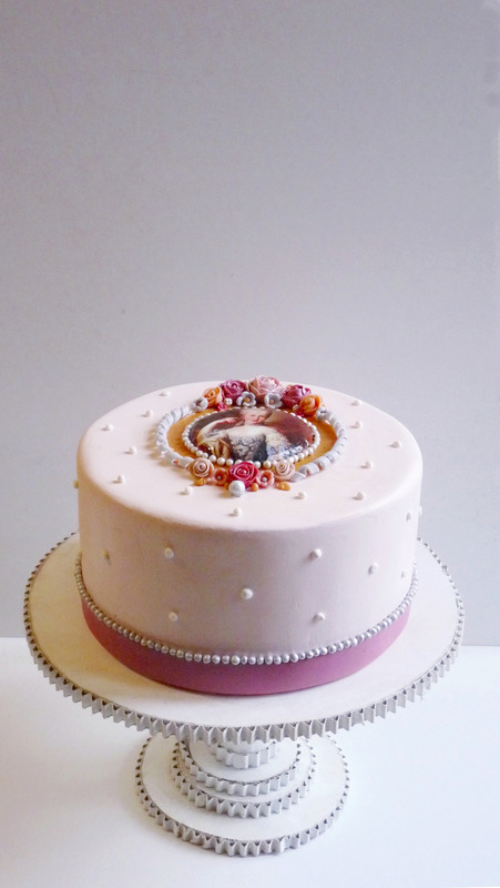 Gâteau médaillon Marie Antoinette