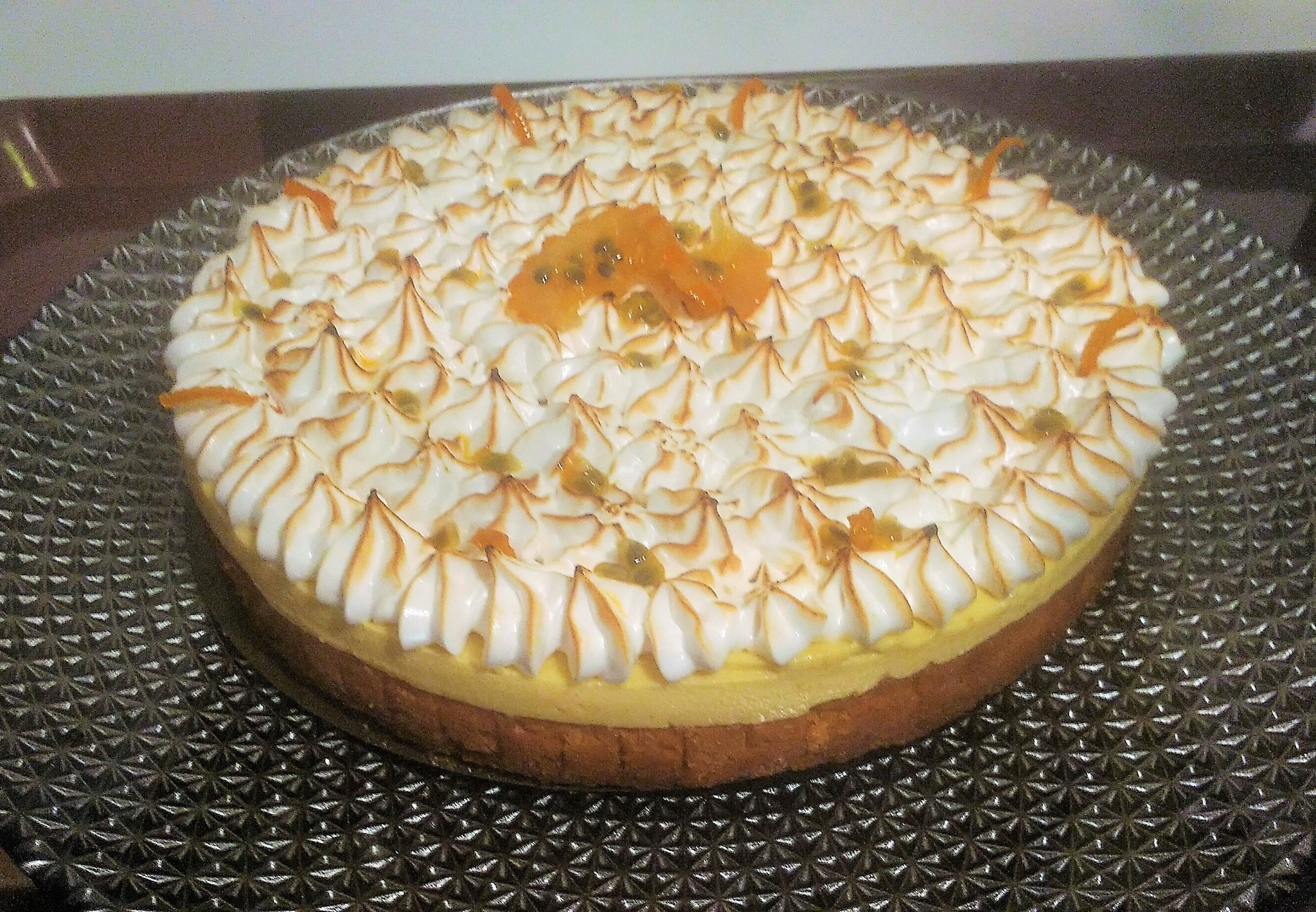 Tarte à l'orange et aux fruits de la passion méringuée ( du chef CUSTOS)