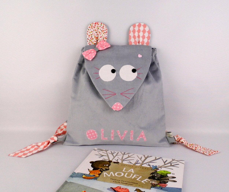 Sac à dos bébé souris personnalisé Olivia cadeau liste naissance personnalisée sac maternelle personnalisable prénom