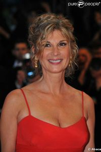 33246-michele-laroque-637x0-1