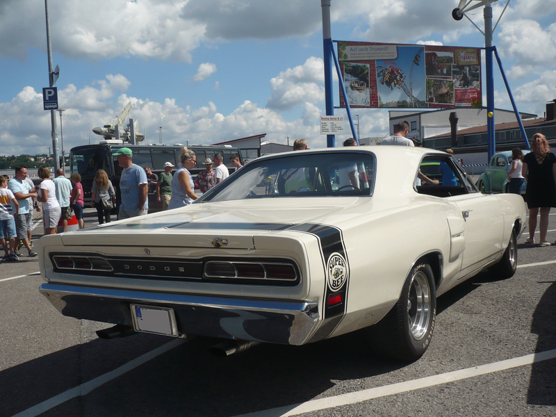 DODGE Coronet Super Bee 1969 Sinsheim (2)