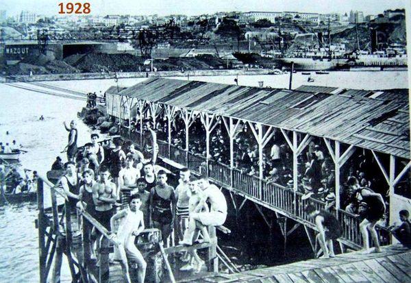 Oran- 161- travail sur les quais