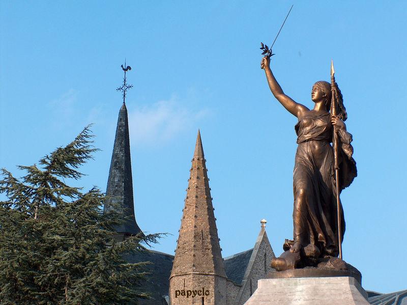 la statue de la Victoire