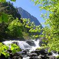 Chemin des cascades vers le pont d'espagne