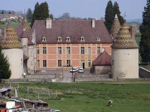 chateau menessaire