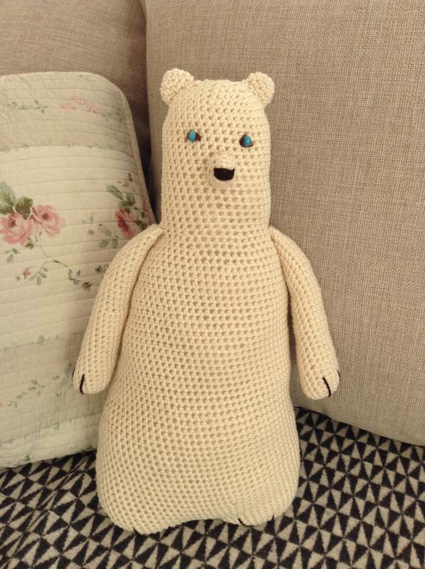 ours blanc crocheté