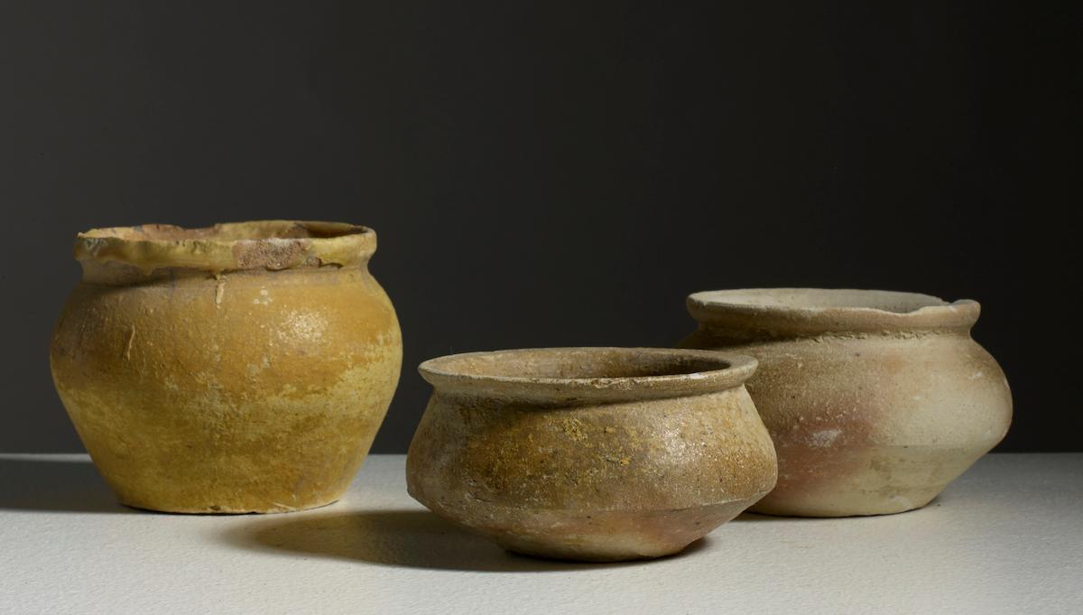 Lot composé de trois pots, Vietnam, Dynastie des Trần, 13°-14° siècle