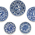A set of five blue and white dishes, ming dynasty, wanli period (1573-1619)