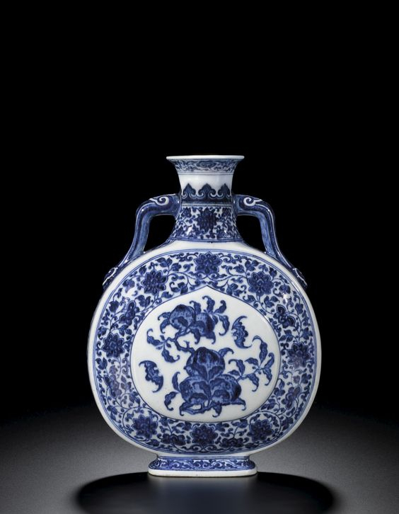A blue and white 'peach and bat' moonflask, seal mark and period of Qianlong (1736-1795)