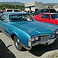 Oldsmobile 98 holiday hardtop coupe-1968