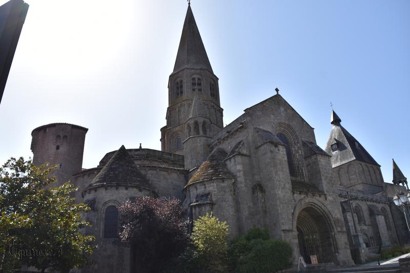 Le Dorat, capitale de la Basse Marche des comtes de la Marche - l'église collégiale Saint-Pierre-aux-Liens (1)