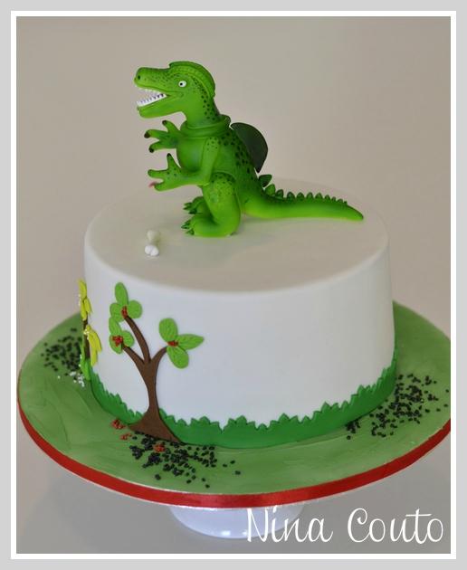 gateau anniversaire Nimes Dinosaure 3