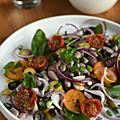 Salade aux deux haricots, deux tomates, deux olives & deux oignons