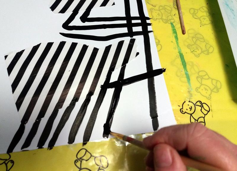 346-Compositions abstraites-Recyclage papiers cadeaux (39)