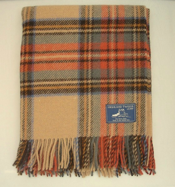 Tartan-knee-rug-Pure-new-wool-Antique-Dress-Stewart-British-made-by-Bronte_700_600_4QV8S