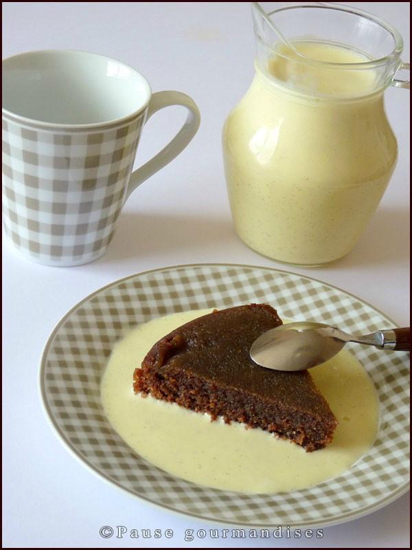 Moelleux à la pralinoise sauce vanille (13)