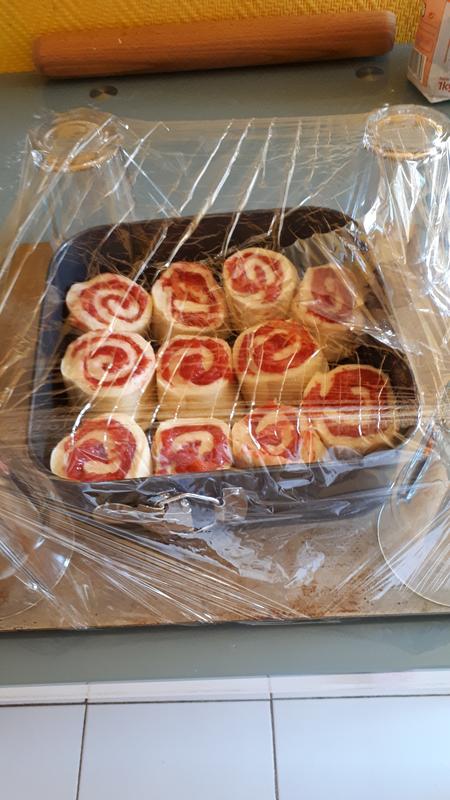 Brioches aux fraises fraîches, gaçage au citron 045