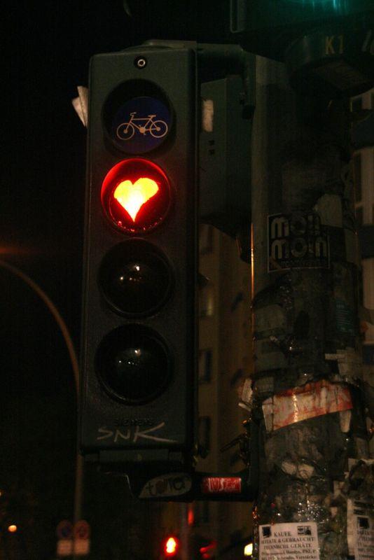 94-Berlin feu rouge décoré_5940a
