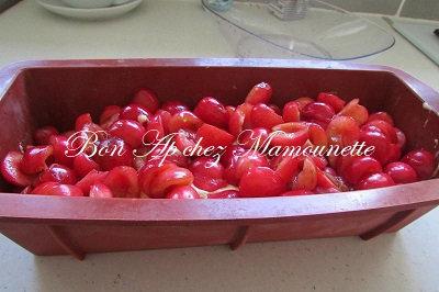 gâteau cerises du verger mascarponé et rhumé 002-