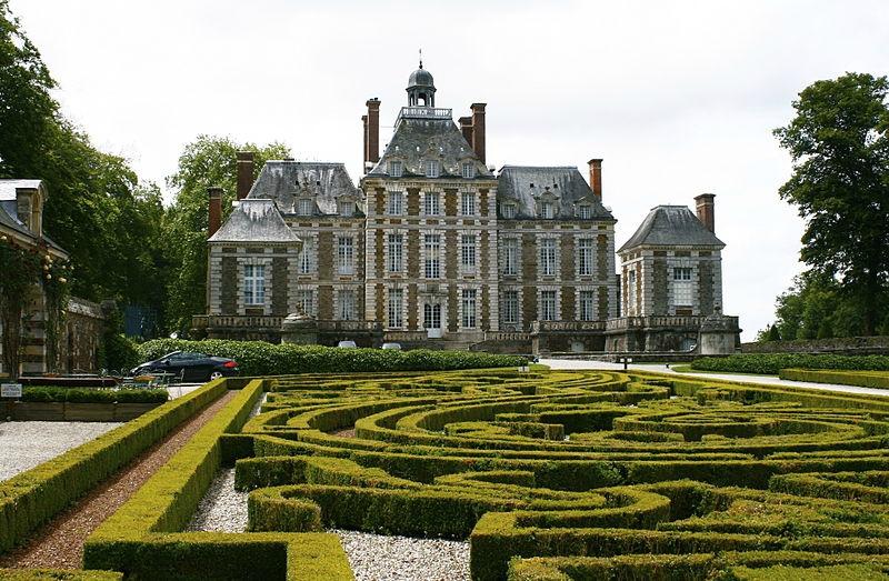 800px-Chateau_de_Balleroy