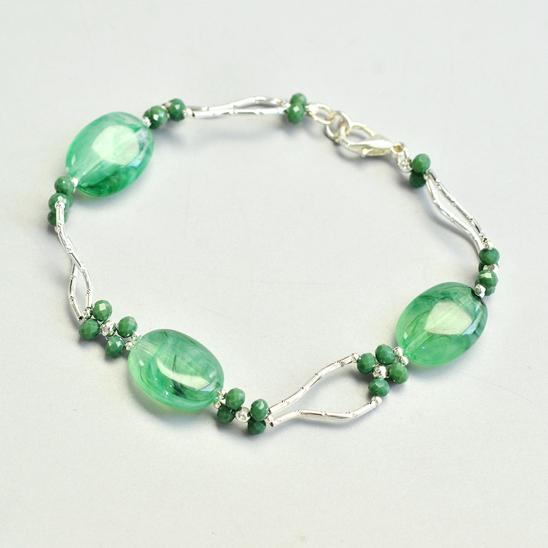 PandaHall-ideas-on-making-Tube-Bead-Jade-Bracelet-4