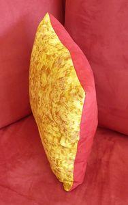 Coussin bicolore profil