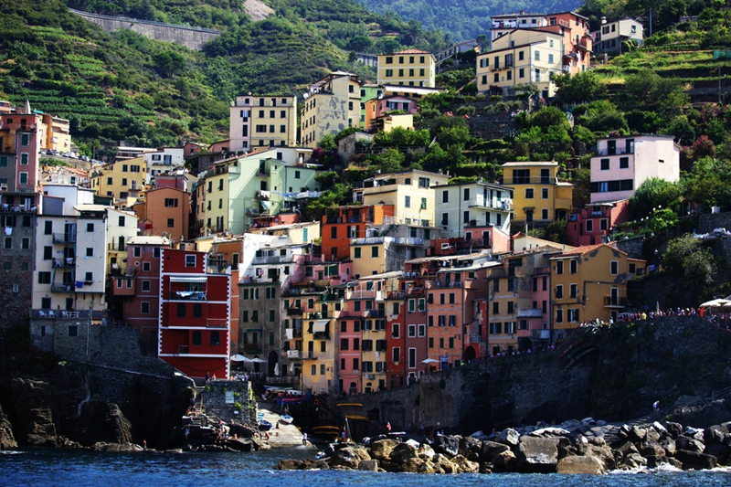 2-follow-me-white-rabbit-cinque-terre-italie-riomaggore (45)