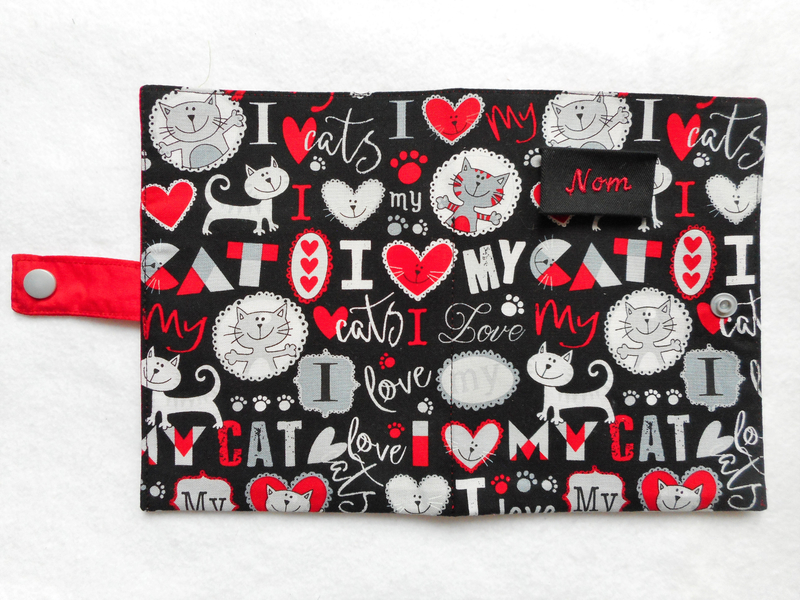 Protège carnet new love my cat rouge gris ouvert
