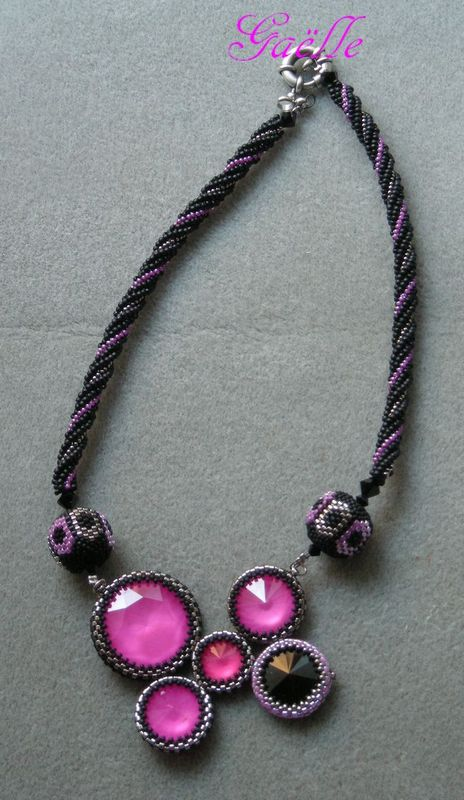 COLLIER ULTRA