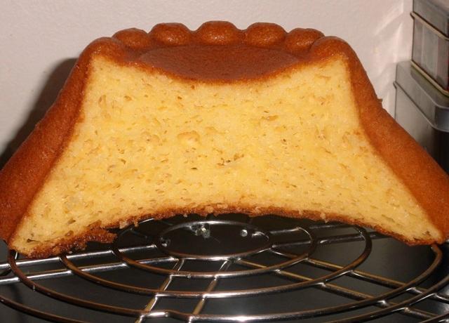 Coupe gâteau battu