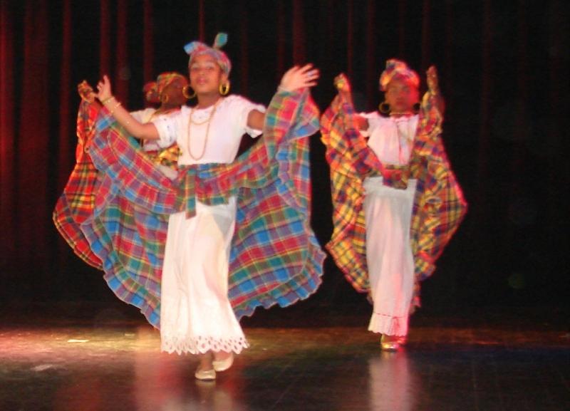 FESTIVAL REGIONAL DE DANSES 2010 (47)