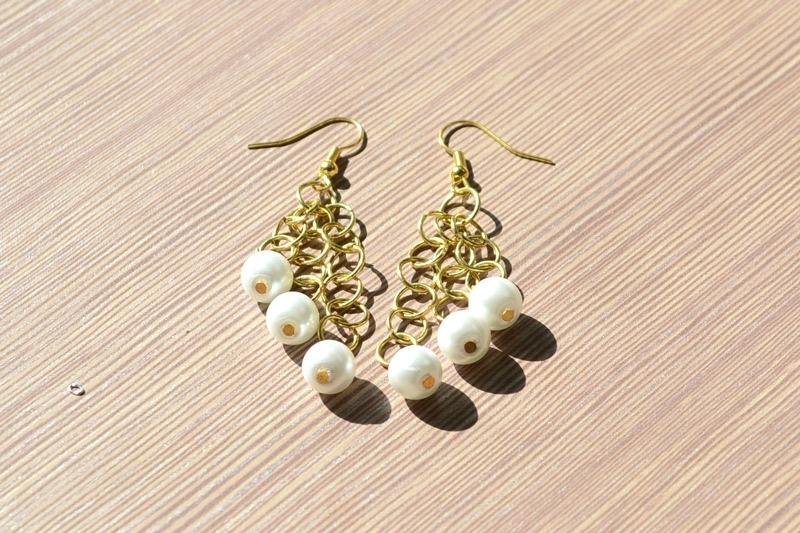 Easy Steps to Make Pearl Dangle Earrings3
