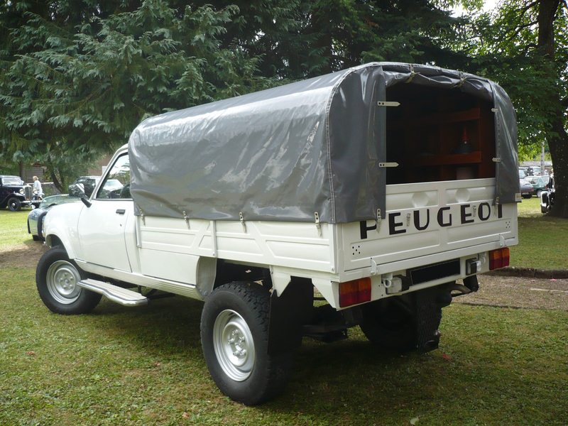 PEUGEOT 504 pick-up Woerth (2)