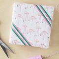 Un papier cadeau pink flamingo ou flamant rose, c'est comme vous préférez ! (à imprimer - gratuit)