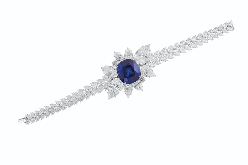 2020_NYR_18991_0170_001(an_extraordinary_sapphire_and_diamond_bracelet_d6295931030848)