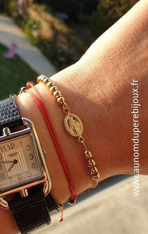 Bracelet Chapelet (en plaqué or 3 microns) porté - 71 €