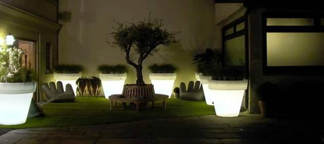 Comment éclairer sa terrasse sans fil et sans travaux ? - La BoutiK ...