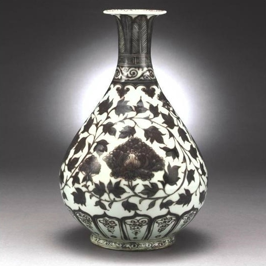 An extremely rare copper-red pear-shaped vase (yuhuchunping), Ming Dynasty, Hongwu period
