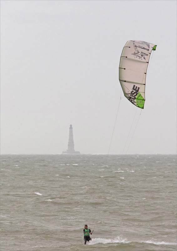 La Palmyre plage vent 200221 31 wind wurf phare Cordouan ym